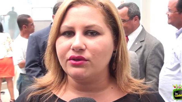 Secretária de educação Jayana Ribeiro fala sobre os investimentos feito em 2014 e os planejamentos para 2015