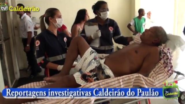 Paciente agoniza em frente ao Hospital Clériston Andrade por falta de atendimento
