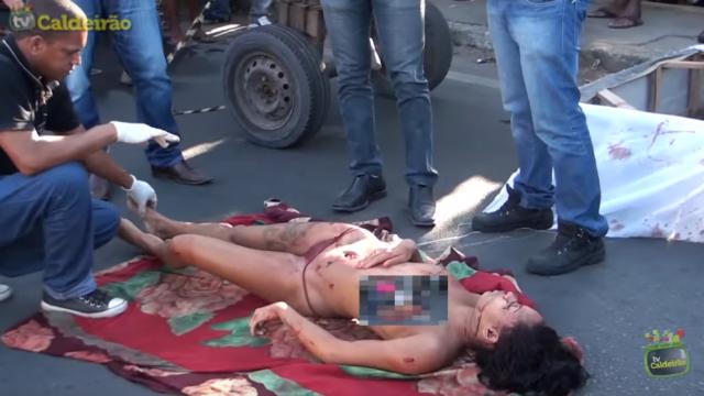 Mulher é morta com requinte de crueldade com mais de 30 facadas em Feira de Santana