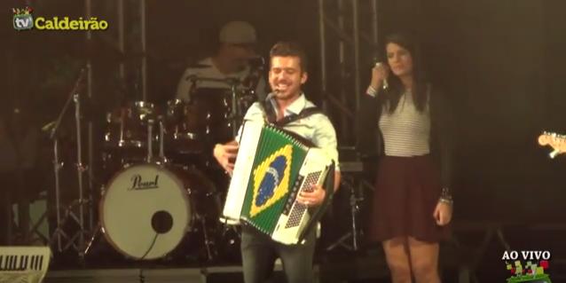 Luan Forró Estilizado no São João de São José
