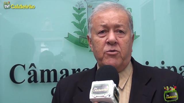 Vereador Carlito do Peixe avalia baixo rendimento dos vereadores na Casa Legislativa