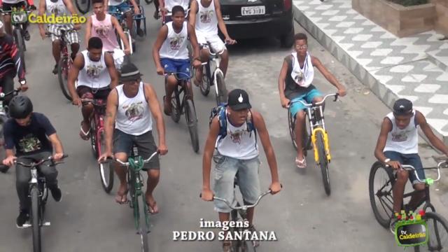 1° Passeio Ciclístico reúne centenas de ciclistas no bairro da Queimadinha