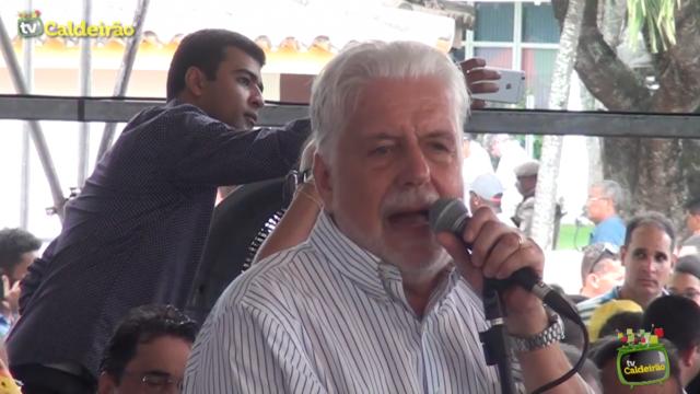 Ex-governador Jacques Wagner fala sobre as 400 viagens feita ao interior da Bahia pelo Governador Rui Costa